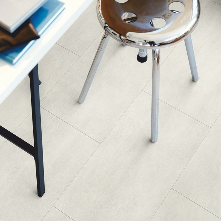 Vinyyli Pergo Tile Premium Rigid Click, Light Concrete, 610x303x5mm