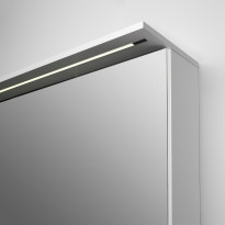 Peilikaappi Easy Bath 60, LED-valolippa, pistorasia