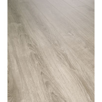 XSN8013V4 - Laminaatti Flooria SwissNoblesse D8013 Helsinki Oak V4