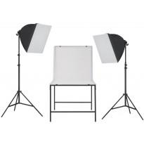 Valokuvastudio/Softbox-valaisinsarja kuvauspöydällä