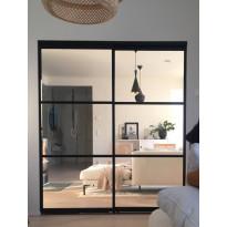 Tilanjakaja/liukuovi Mirror Line, kahdella ovella, musta, mittatilaus