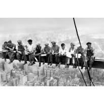Juliste Giant Art 00672 Eating above Manhattan 175x115cm