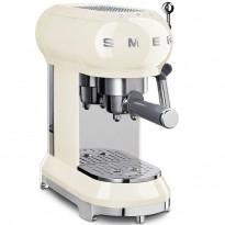 Espressokeitin Smeg ECF01, kerma